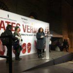 La Regidora de Feminismes i LGTBI dirigeix unes paraules al públic assistent